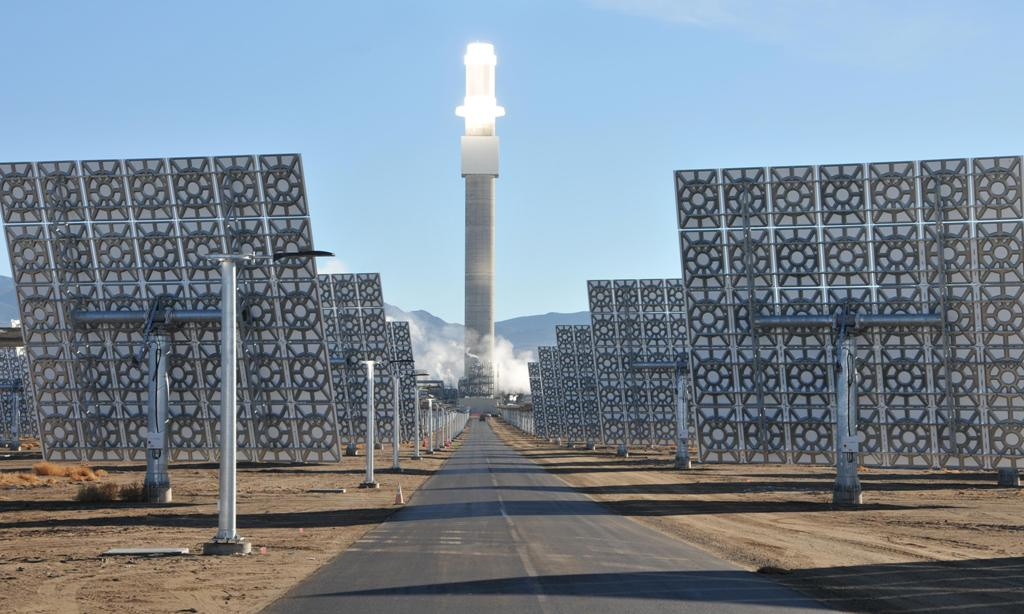 Solar thermal plant could power 211,000 homes