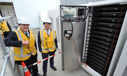 Vector unveils grid-scale Tesla Powerpack for Auckland