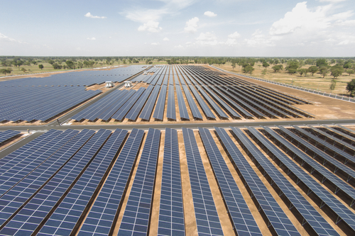 CEFC commits $77m to large-scale solar in Queensland and Victoria