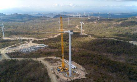 Mount Emerald Wind Farm raises final turbine