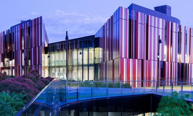 Sydney's Macquarie University signs 7-year contract with Snowy Hydro