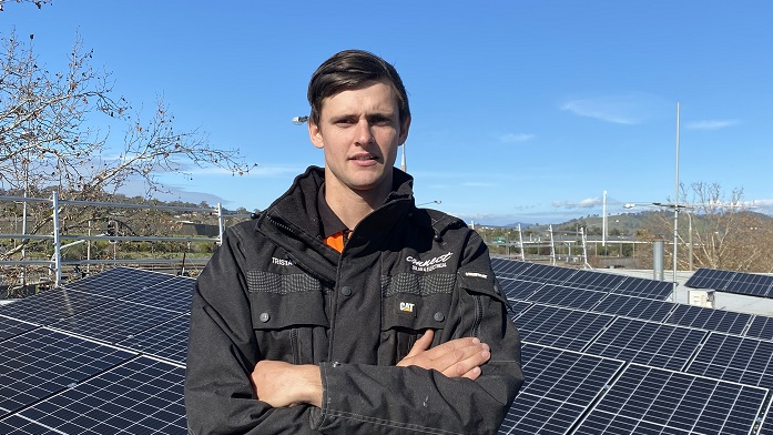 Across the border and back again … the solar installer who grapples with two networks a day